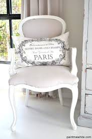 Paris Inspired Bedroom by Best 25 Parisian Chic Decor Ideas On Pinterest Parisian Decor