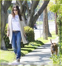 jessica biel takes a walk with tina photo 2591453 jessica biel
