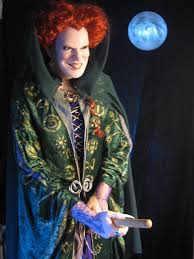 hocus pocus halloween costume scultpure hocus pocus winifred sanderson bette midler by