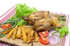 cuisiner une becasse bécasse des bois appétissante de carcasse avec des légumes sur un