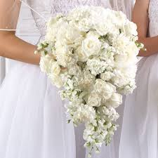 wedding flowers bouquet 10 exles of white wedding flower bouquets graphicscapes