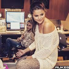 selena gomez sweater sweater selena gomez sweater shoulder crochet top the