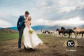 photographer for wedding wedding photographers for spontaneous and adventurous brides and