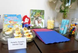 book themed baby shower idea