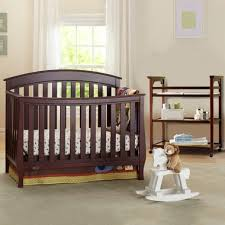Graco Convertible Crib With Changing Table Graco Cribs 2 Nursery Set Suri Convertible Crib And