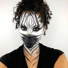 this halloween costume lets you keep your curls naturallycurly com