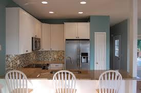 cuisine repeinte en blanc cuisine cuisine repeinte avec blanc couleur cuisine repeinte idees