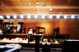 Merchandise Display Case Leds Are A Diamond U0027s Best Friend Jewelry Retailer Adds Sparkle To