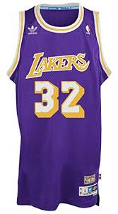 amazon com earvin johnson los angeles lakers purple throwback