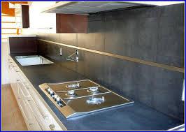 restaurer plan de travail cuisine plan de travail en carrelage stunning ides pour mettre du gris