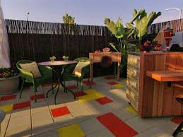 Design A Patio Laying Pavers For A Backyard Patio Hgtv