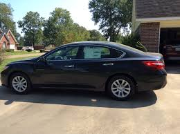 nissan altima quiet ride nissan certainly had economy and comfort for the driver in mind