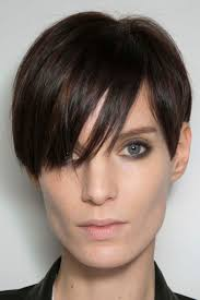 short hairstyles for long faces the most flattering cuts to try