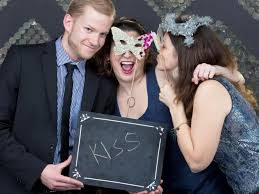 Photo Booth Ideas How To Set Up A Diy Photo Booth With Props And Backdrop Hgtv