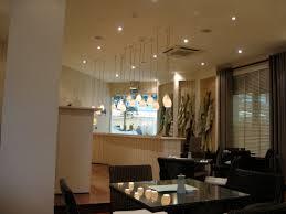 Wohnzimmer Mit Indirekter Beleuchtung Innenbeleuchtung Zeitgenössisch Und Elegant Indirekte Beleuchtung