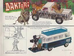land rover daktari i love corgi toys corgi toy 1967 68 catalogue