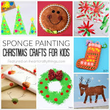 Christmas Crafts To Do With Toddlers - sponge painting christmas crafts for kids i heart crafty things