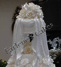 wedding drapes wedding cakes with icing drapes