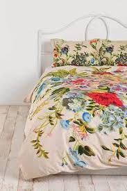 best 25 floral bedding ideas on pinterest floral bedroom