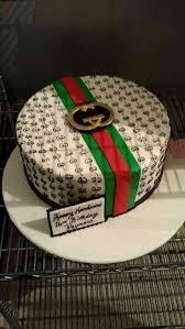 Gucci Clothes For Baby Boy Best 25 Gucci Cake Ideas On Pinterest Shoe Cakes Fashion Cakes
