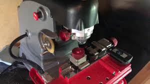 bmw key locksmith ace locksmith cutting bmw laser cut key