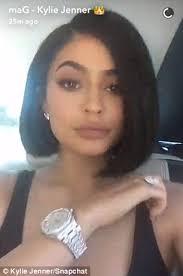 julianna margulies new hair cut kylie jenner debuts new bob hair cut in snapchat video daily mail