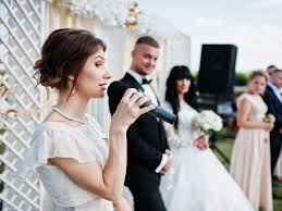 how much money to give at a wedding how much cash you should give as a wedding gift insider