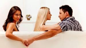 tidak puas salah satu alasan suami atau istri berselingkuh ini