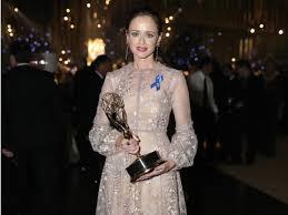 Alexis Bledel Got Emmy Winning Role On U0027the Handmaid U0027s Tale
