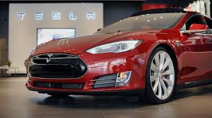 tesla outside tesla u0027s bigger risk from the autopilot crash is the story line