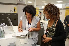 bureau de poste bobigny donnez procuration à une personne pour qu puisse récupérer vos