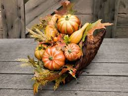 cornucopia decorations 5 ways to decorate your thanksgiving table reader s digest