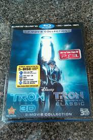 tron classic u0026 tron legacy combo pack two great movies one low