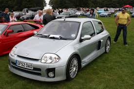 renault clio v6 engine bay cars