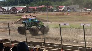 monster truck show in pa monster truck show at the 4 wheel jamboree in bloomsburg pa youtube