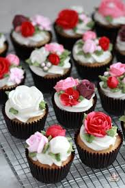 cupcake flowers basic white cake cupcakes recipe buttercream flowers lactose