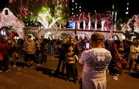 2016 festival of lights switches on the holiday cheer in riverside