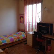 chambre chez l habitant grande chambre lumineuse chez l habitant location chambres lyon