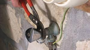 changer un robinet de cuisine remplacer un robinet de machine à laver