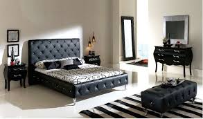 Queen Canopy Bedroom Sets  Queen Bedroom Sets In Your Bedroom - Black canopy bedroom sets queen
