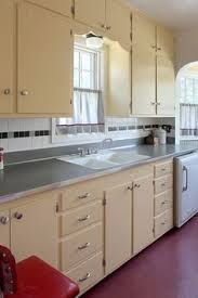 1940s kitchen design kitchen subway tile from counter to cabinets home pinterest