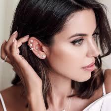 ear cuff viva luxury three pearl ear cuff iconery