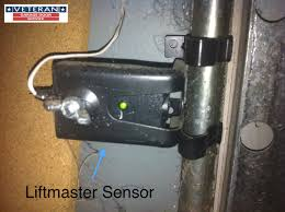 Garage Door Sensor Blinking by Is It Possible To Only Replace One Of The Safety Sensors
