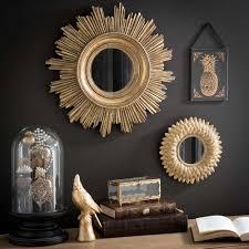 miroir jardin d ulysse miroir rond doré à mettre sur le pan de mur au dessus de la