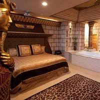 egyptian themed bedroom theme suites at destinations inn among the best idaho falls