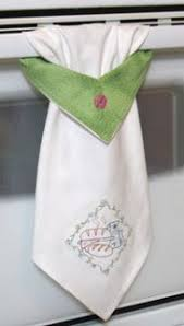 kitchen towel craft ideas love the different look of this hanging towel complete with