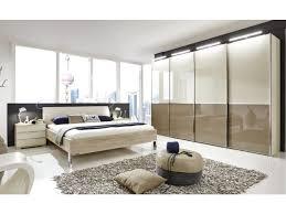 bett im wohnzimmer haus renovierung mit modernem innenarchitektur kleines