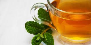 Teh Mint self refreshment hanya dengan segelas teh daun mint