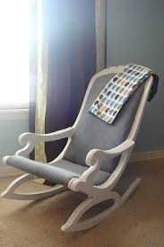 rocking chair chambre bébé stunning rocking chair redo on made2create noces de coton