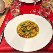cuisine cap vert souvenir du cap vert d une soupe au poulet photo de restaurant l